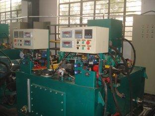 Porcellana Ingegneria sistemi pompa idraulica per industria macchina fornitore